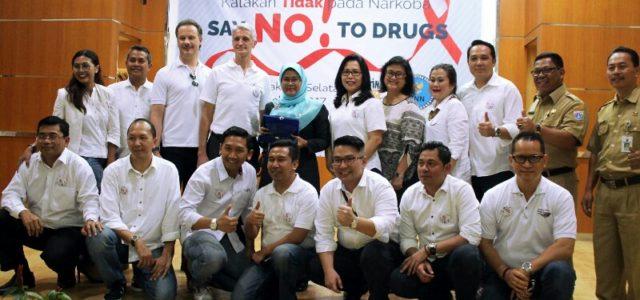 AccorHotels Gelar Kegiatan CSR di SMKN 57 dan SDN 01 Kebon Kelapa Jakarta